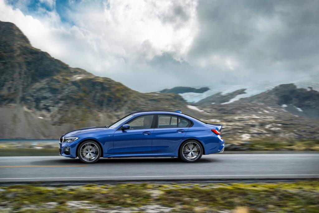 Официально в России можно купить BMW G20 только в М-пакете